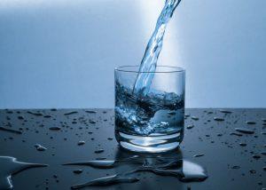 El agua adelgaza, bajar de peso bogota